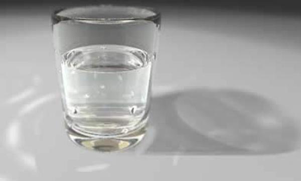 bajar de peso rapidamente con agua y limon